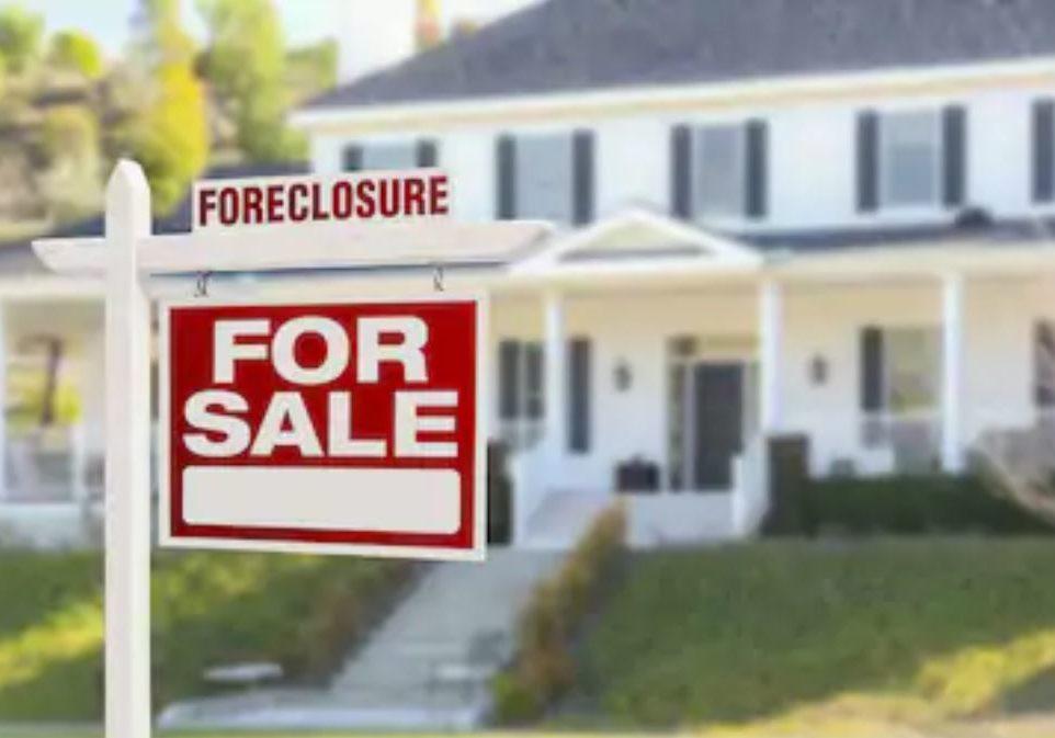 foreclosure pic